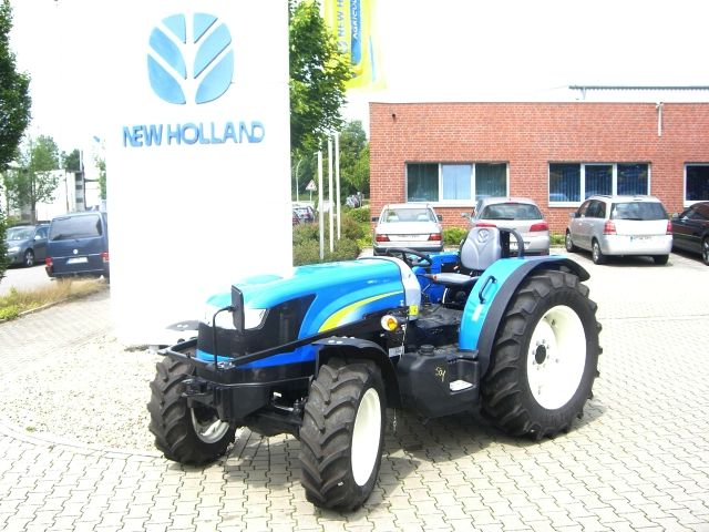 Tractor  New Holland T4020 4WD